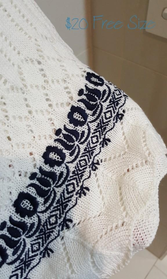 """""""R.P.S"""" Japanese Brand Oversized White Lace Long Cardigan/Kimono with Flare Sleeves (Size S)"""