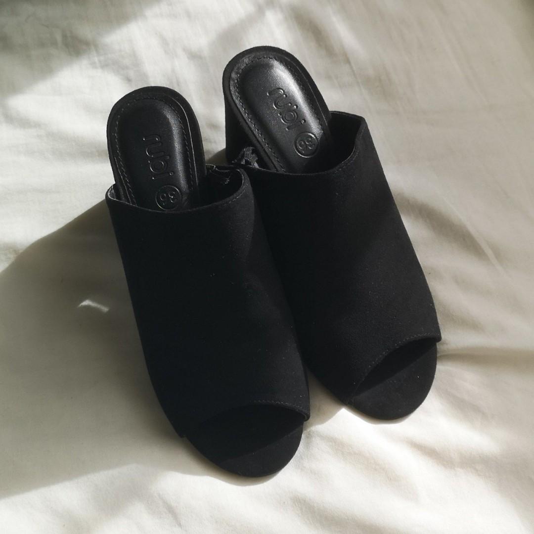 RUBI black slip on low heel sandals