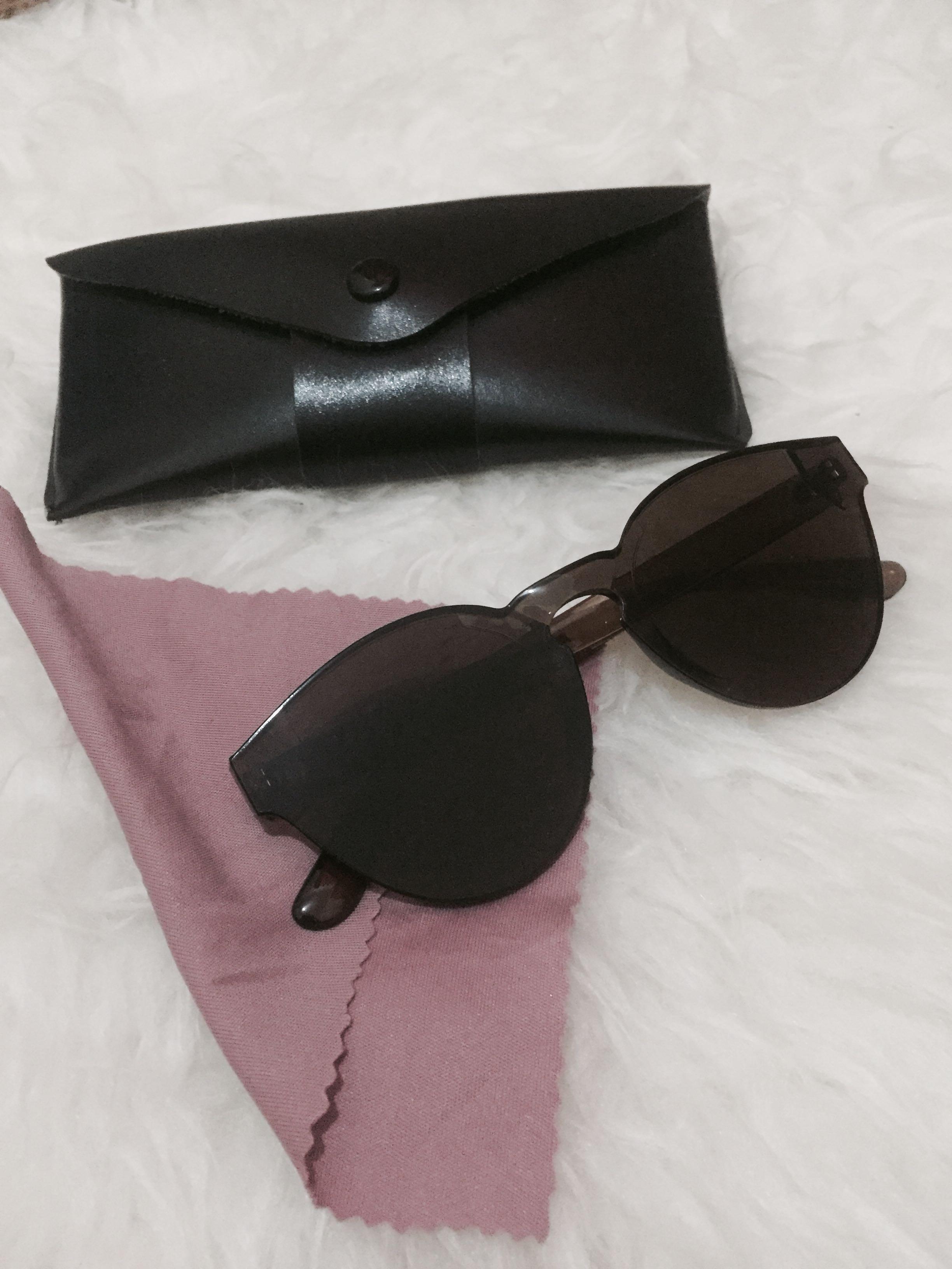 SALE FREE ONGKIR JAKARTA Sunglasses