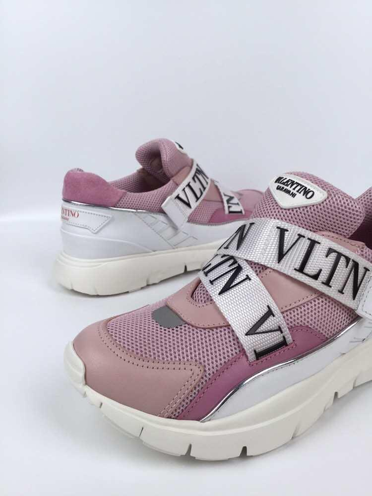 Valentino 女裝 sneakers 波鞋 2019 item  size 35, 36, 36.5, 37.5, 38, 38.5 $3480!