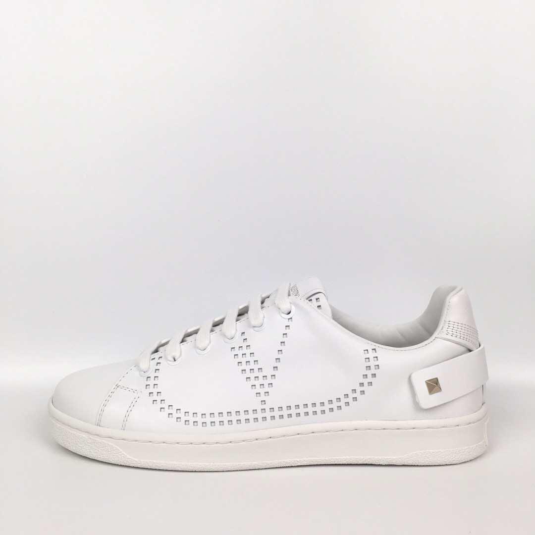 Valentino sneakers 女裝鞋 19SS新款! size :35.5, 37, 37.5, 38, 38.5 $3080