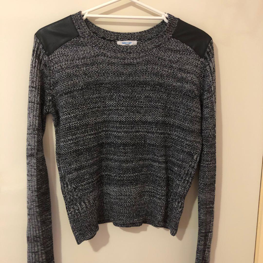 Valleygirl sweater