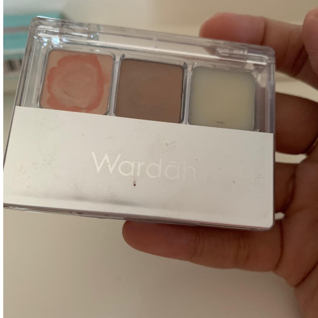 Wardah double functional kit