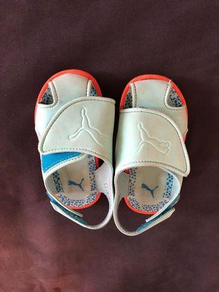 🚚 Puma sandals