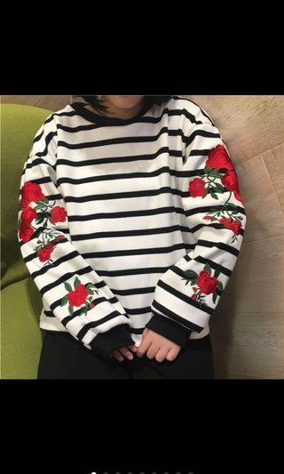 🚚 刺繡玫瑰條紋秋冬上衣