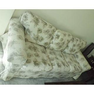 Cheapest Sale! Beautiful 3 seater fabric sofa $250 only!