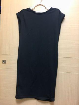 Net黑色素面洋裝🔥上班小資女必備