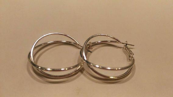 🚚 多圈圈耳環