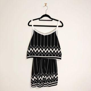 (8) Black and White Geometric Summer Dress