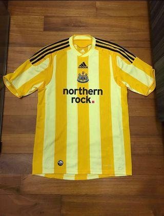 🚚 Authentic Newcastle United 2009/10 away jersey Size S ( 2010 Yellow strips 3rd kit Adidas new castle Home Football Soccer championship division one retro vintage epl English premier league England 1 )