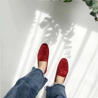 🚚 BN Red Velvet Loafers