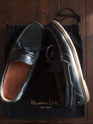 Authentic Massimo Dutti Leather Boat Shoes