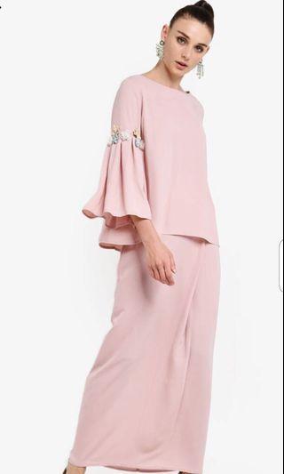 Zalia Embellished Flare Sleeves Set