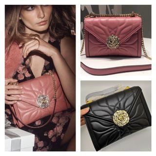 MICHAEL KORS; Rose Buckle Handbag / Shoulder Bag