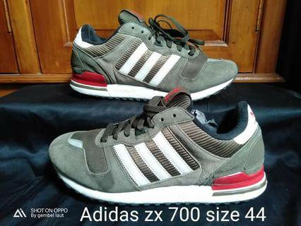 Adidas zx 700 second shoes