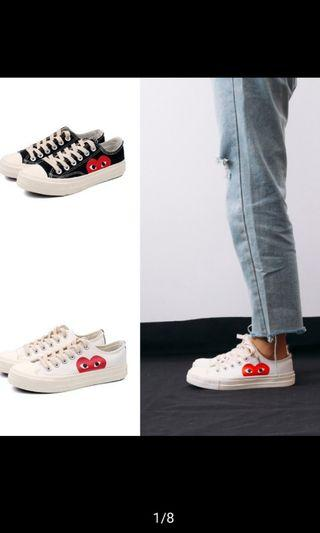 🚚 CDG Play Canvas shoe