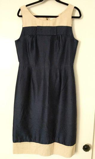 KATE SPADE DRESS • size 12 • Navy and cream linen with bow detail. [FREE SHIPPING]