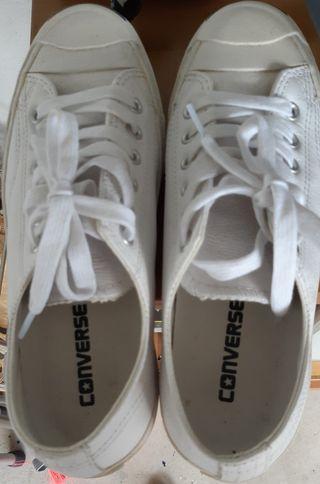 Unisex Converse Leather Shoes