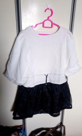 Fully lined long blouse with black organza