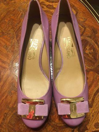 Ferragamo Purple Heels S10