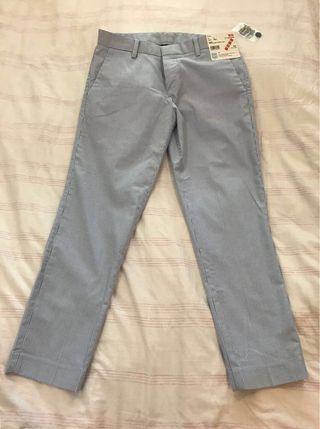 Uniglo Stretch Stripe Cropped Pants ( Waist: 61cm)