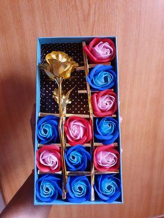 Gold Foil Rose and Soap Flower in Gift Box