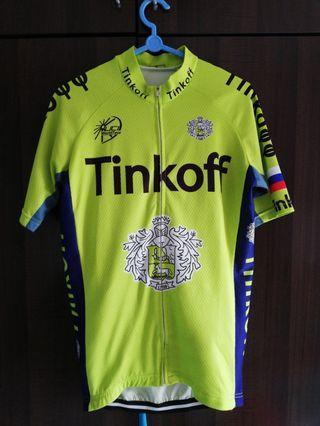 🚚 Cycling Jersey w/bib shorts. (S size)