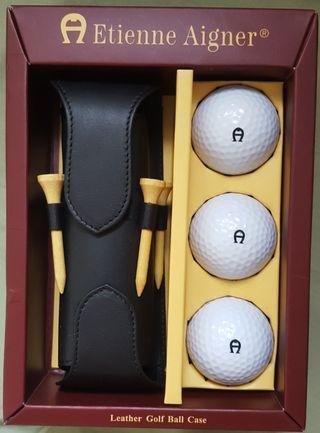 High class souvenir for golfer
