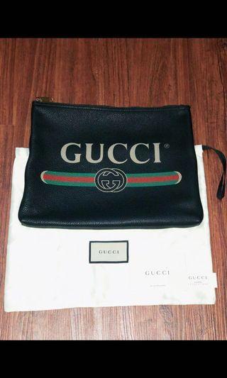 「近全新」Gucci塗鴉款Logo手拿包