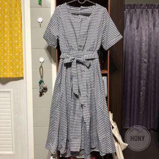 🚚 黑白格紋綁帶露腰連身洋裝 全新現貨