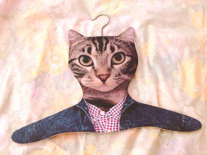 日本貓咪掛衫架
