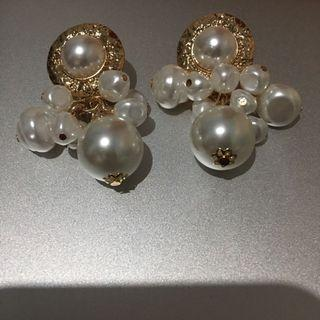 Pearl Earrings Anting Mutiara Wanita