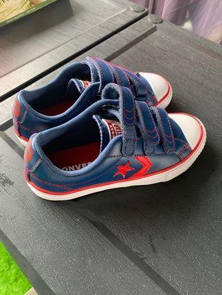 🚚 Blue Converse Shoes Eur 30/ UK 12