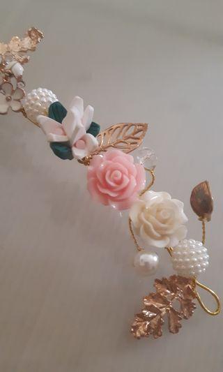 🚚 新娘婚紗頭飾 陶瓷花朵軟鍊