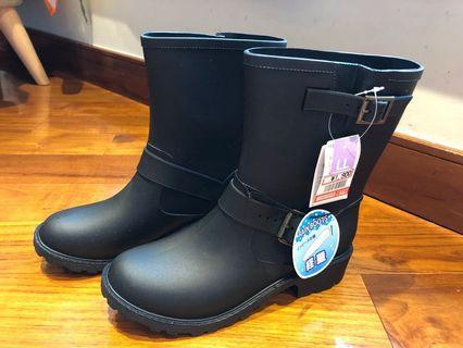 日系 超輕 黑色雨靴 Japan black rain boots new size LL 38-39