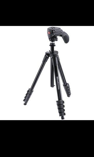 Manfrotto Compact Action Tripod ~ 99% new (with box & bag)
