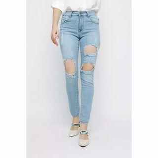#bapau #mauthr Preloved jeans wanita Monday Blues