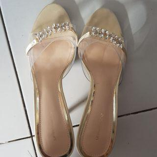 heels urban n co