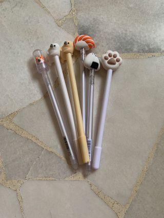 🚚 Assorted Pens
