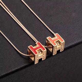 🚚 H方形鏤空 項鍊
