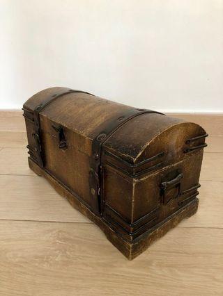 VINTAGE 手工木製盒 (Beautiful Vintage Wood Box)