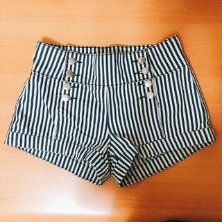 🚚 FOREVER21條紋短褲
