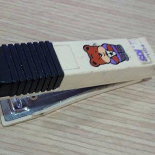 中型釘書機