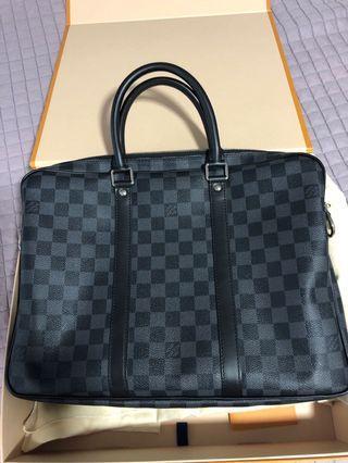 🚚 Louis Vuitton Porte document Pm