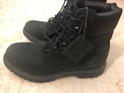 🚚 Timberland Boots (Female Black) Size 37.5