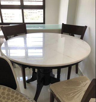 🚚 Marble Dining Table with 4 chairs