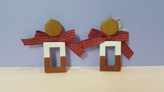 🚚 手作木製聖誕耳環 (夾式)