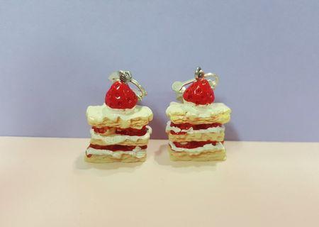 🚚 蛋糕耳環(夾式)