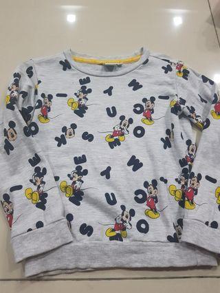 Max fashion mickey sweater
