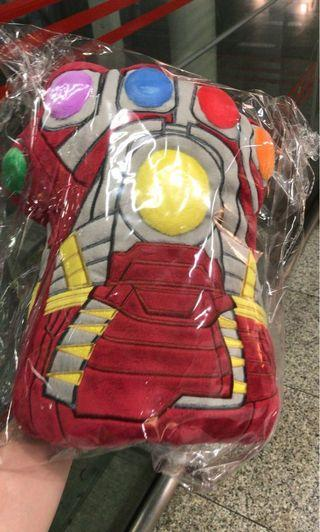 Nano Gauntlet Cushion Avengers Endgame 手套 Hot Toys